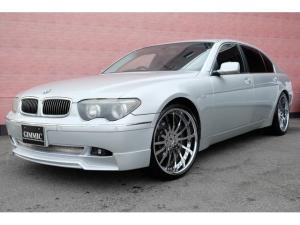 BMW 7シリーズ 745Li コンフォートパッケージ シンボリック 3PCS 22インチアルミ ブラックレザーシート サンルーフ 4イージードアクローザー パワートランク 4シートヒーター&ベンチレーション 4パワーシート 電動シェード