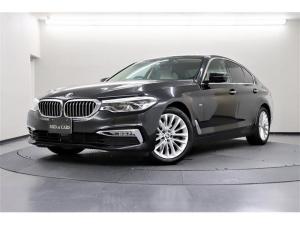 BMW 5シリーズ 523d ラグジュアリー 後期型 後部席未使用 360℃ビューモニター ベージュレザー ドライビングアシストパッケージ+ オートトランクリッド アダプティブLED