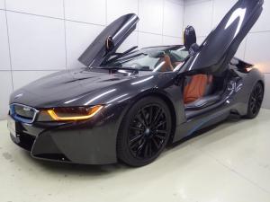 BMW i8 ロードスター 正規認定中古車