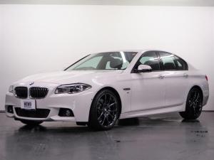 BMW 5シリーズ 535i Mスポーツ 黒革 ACC アダプティブLED-HL