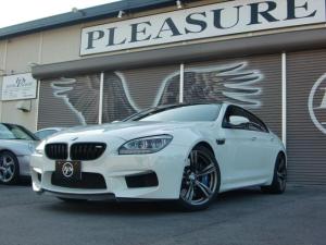 BMW M6 グランクーペ 禁煙車・社外カーボンデュフューザー