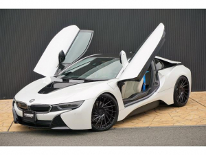 BMW i8 ストレージPKG CARPO内装H&Rサス鍛造22外マフラー