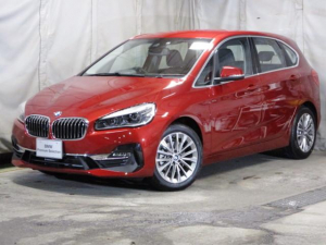 BMW 2シリーズ 218dアクティブ ラグジュアリー スマートキー 電動シート