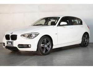 BMW 1シリーズ 120i スポーツ HDDナビゲーション 電動シート スマートキー オートエアコン 前後ドラレコ 衝突軽減ブレーキ レーンアシスト バックカメラ コーナーセンサー LEDヘッドライト BMW正規ディーラー認定中古車