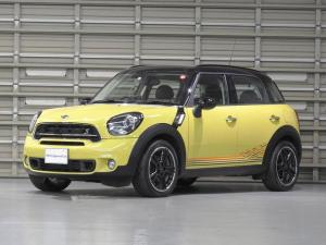MINI クーパーSD クロスオーバー サンライト 日本国内150台限定車 ハーフレザーシート ワンオーナー 認定中古車