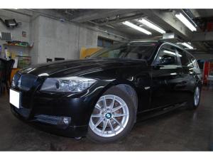 BMW 3シリーズ 320iツーリングハイライン アイボリーレザー
