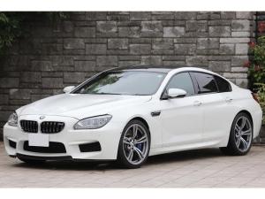 BMW M6 グランクーペ 黒革シート OP20インチAW カーボンルーフ カーボンインテリアトリム アダプティブLEDヘッドライト