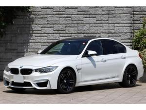BMW M3 M3 セダン フルレザーメリノインテリア 黒革 OP19インチAW アダプティブMサスペンション ハーマンカードン パールホワイト