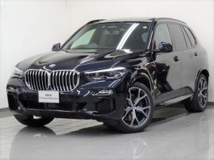 BMW X5 xDrive 35d Mスポーツ ドライビングダイナミックパッケージ コーヒーレザー パノラマガラスサンルーフ 2アクセルエアーサスペンション パーキングアシストプラス ソフトクローズドア Mスポーツブレーキ 20インチスタースポーク