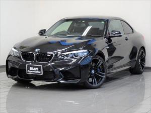 BMW M2 ベースグレード ブラックレザー Mドライバーパッケージ コンフォートアクセス リヤビューカメラ パークディスタンスコントロール ブレーキ機能付きクルーズコントロール アダプティブLEDヘッドライト 19インチAW