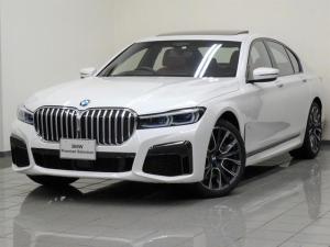 BMW 7シリーズ 750i xDrive Mスポーツ コニャックブラウンレザー 電動ガラスサンルーフ アクティブクルーズコントロール 4ゾーンエアコンディショナー BMWデスプレーキー コンフォートアクセス ソフトクローズドア 20インチスタースポーク