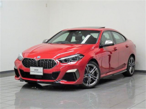 BMW 2シリーズ M235i xDriveグランクーペ モカダコタレザー パノラマガラスサンルーフ アクティブクルーズコントロール リヤビューカメラ パークディスタンスコントロール ドライバーアシスト パーキングアシスト ヘッドアップディスプレー 18AW