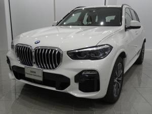 BMW X5 xDrive 45e Mスポーツ 20インチMライトアロイスタースポーク740 コンフォートアクセス マッサージ機能付きフロントシート フロントベンチレーションシート ヘッドアップディスプレイ TVファンクション F/Rシートヒーター
