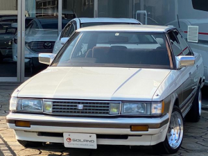 トヨタ マークII GTツインターボ 5速マニュアル 社外ウッドステアリング 社外マフラー SSRマークワン14AW ダウンサス 社外デッキ USB接続 社外スピーカー オートゲージブースト計 イエローフォグ