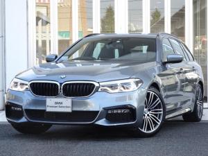 BMW 5シリーズ 523iツーリング Mスポーツ イノベーションパッケージ 地デジ付タッチパネル式ナビ ワイヤレスチャージャー ディスプレイキー ヘッドアップディスプレイ ACC 19インチアルミ パーキングアシスト レーンチェンジウォーニング