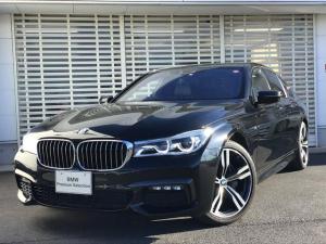 BMW 7シリーズ 740d xDrive Mスポーツ サンルーフ 黒レザー レザーライト 20インチアルミ ACC ヘッドアップディスプレイ ハーマンカードンスピーカー ソフトクローズドア 電動リアゲート
