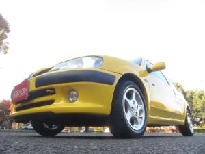 プジョー 106 S16 左ハンドル 5速マニュアル コンビレザーシート 全塗装済み クラッチワイヤー交換済み シフトリンクプレート交換済み
