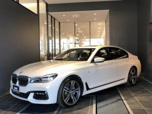 BMW 7シリーズ 740d xDrive Mスポーツ 20AW コンフォートアクセス オートトランク ソフトクローズドア サンルーフ レーザーライト 茶革電動シート シートヒーター シートエアコン シートマッサージ ACC 全方位カメラ ハーマンカードン