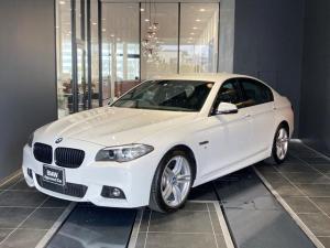 BMW 5シリーズ 523d Mスポーツ ザ・ピーク 19AW ブラックキドニーグリル 黒革電動シート シートヒーター ウッドトリム コンフォートアクセス オートトランク バックカメラ 前後センサー ACC パドルシフト インテリジェントセーフティ