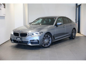 BMW 5シリーズ 523d Mスポーツ 禁煙 ワンオーナー アダプティブLEDライト 19インチアルミホイール 全方位カメラ/センサー アクティブクルーズコントロール 地デジ コンフォートアクセス 衝突軽減ブレーキ 社外ドライブレコーダー