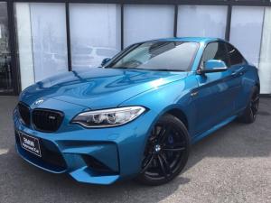 BMW M2 ベースグレード 黒革電動シートMFSクルーズコントロールLEDリアセンサーシートヒーターSOSカーボントリムBカメラCD/DVDハーマンカードンサウンドUSB/AUXインテリジェントセーフティ