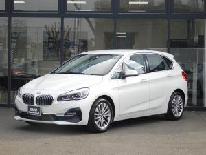 BMW 2シリーズ 218dアクティブツアラー ラグジュアリー 黒革電動シート LEDヘッドライト 17インチアロイホイール SOS ミラーETCBカメラ 前車追従クルコン 前後センサー ヘッドアップディスプレイ USB シートヒーター BT オートトランク