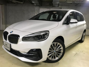 BMW 2シリーズ 218dグランツアラー ラグジュアリー弊社デモカー