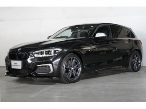 BMW 1シリーズ M140i エディションシャドー サンルーフ レザーシート
