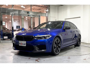 BMW M5 M5 マリーナベイブルー カーボンブレーキ フロントスプリッター サイドスカート ディフューザー キドニーグリル ドアミラーカバー HPリアスポイラーPRO Mパフォーマンスカーボン 純正ドライブレコーダー