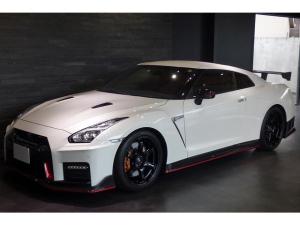 日産 GT-R ニスモ スポーツリセッティング カーボンエアロ チタンマフラー 走行7200キロ 半年毎ディーラー整備 タイヤ交換済 2018yモデル ワンオーナー