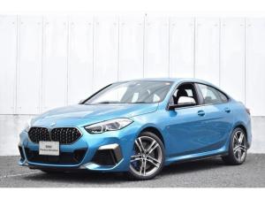 BMW 2シリーズ M235i xDriveグランクーペ デビューPKG 元弊社試乗車 純正ナビ ミラーETC 被害軽減ブレーキ ACC シートヒーター 電流シート バックカメラ 前後障害物センサー LEDヘッドライト Blutooth アンビエントライト