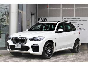BMW X5 xDrive 35d Mスポーツ コンフォートプラスP エアサス パノラマサンルーフ ソフトクローズ インディビジュアルインテリアトリム ステアリングヒーター付 22AW