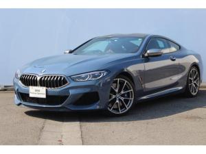 BMW 8シリーズ M850i xDriveクーペB&WサウンドSS黒×茶レザー