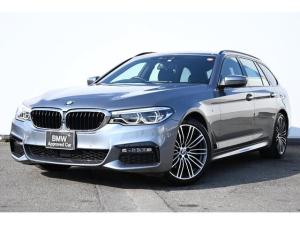 BMW 5シリーズ 523dツーリング Mスポーツ コンフォートA・パークアシストプラス・ドライビングアシストプラス・アダプティブLEDライト・harman kardon・HUD・純正TV・オートトランク・純正19AW