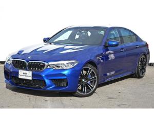 BMW M5 M5 ブラックレザー・前コンフォートシート・前後シートヒーター・アダプテイブLEDライト・HUD・ソフトクローズドア・harman kardon・純正20AW