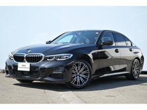 BMW 3シリーズ 320i Mスポーツ ワンオーナー・バリアブルスポーツステア・オートトランク・コンフォートA・Fシートヒーター・Dアシストプロ・パークアシスト・HUD・HIFIスピーカー・ジェスチャーコントロール・社外TV・純正18AW
