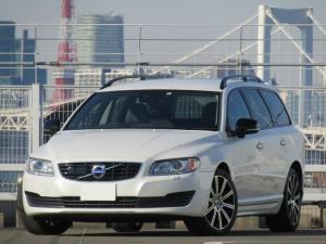 ボルボ V70 T5 ダイナミックエディション 8速AT 18インチアルミ 60台限定販売車 アダプティブクルーズコントロール 専用パーツ