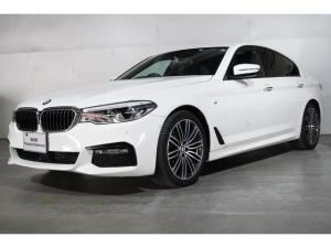 BMW 5シリーズ 523d Mスポーツ BMW認定中古車 2年保証 タッチ式ナビゲーション 前後バンパーセンサー バックカメラ 19インチ・アロイホイール 衝突軽減 車線逸脱警告 ポプラフレー・ウッド・トリム スマートキー 全国保証