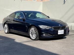 BMW 4シリーズ 435iクーペ ラグジュアリー サドルブラウン革 ガラスサンルーフ ハーマンカードン ヘッドアップディスプレイ サイド/バックカメラ クルーズコントロール LEDライト 純正19インチ フィルム シートヒーター パワーシート