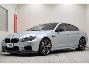 BMW M6 グランクーペ 正規ディーラー車 LEDヘッドライト ヘッドアップディスプレイ クルーズコントロール アイドリングストップ パドルシフト 純正ミラー一体型ETC車載器 地デジTV リア&サイドカメラ