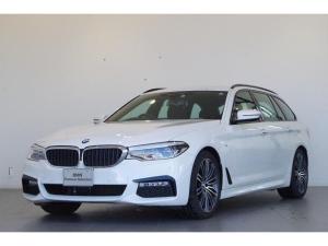 BMW 5シリーズ 523dツーリング Mスポーツ Mスポーツ専用アルカンターラシート 19インチAW ヘッドアップディスプレイ アクティブクルーズコントロール