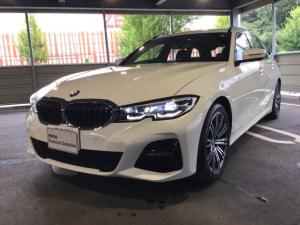 BMW 3シリーズ 320d xDriveツーリングMスポツEDジョイ+ 当社試乗車・パーキングアシスト+・コンフォートパッケージ・全周囲カメラ・純正18インチアルミ・シートヒーター・パワーシート・アクティブクルーズコントロール・LEDヘッドライト・ミラーETC