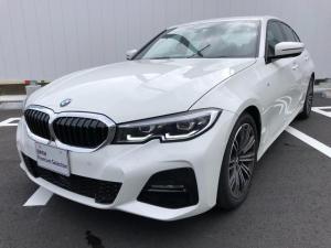 BMW 3シリーズ 320i Mスポーツ 当社試乗車・純正18インチアルミ・パーキングアシスト+・コンフォートPKG・全周囲カメラ・バックカメラ・アクティブクルーズコントロール