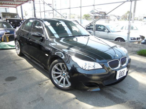 BMW M5 M5 サンルーフ パワーシート 19インチアルミホイール
