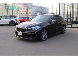 BMW 1シリーズ M135i xDrive デビューパッケージ 電動シート シートヒーター