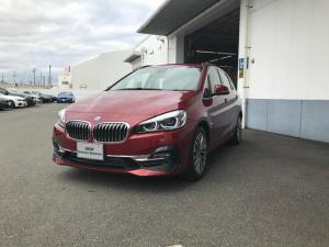 BMW 2シリーズ 218dアクティブツアラー ラグジュアリー ベージュ革シート
