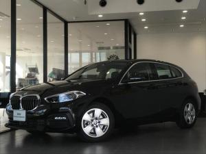 BMW 1シリーズ 118d プレイ エディションジョイ+ ナビPKG コンフォートPKG ストレージPKG アクティブクルーズコントロール オートマチックテールゲート アンビエントライト LEDヘッドライト ミラーETC パーキングアシスト 17インチAW
