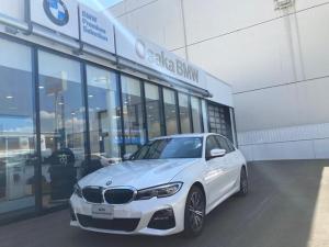 BMW 3シリーズ 330e Mスポーツ 弊社デモカー ブラックヴァーネスカ・レザーシート イノベーションパッケージ ハイラインパッケージ フロントシートランバーサポート レーザーライト ヘッドアップディスプレイ ジェスチャーコントロール