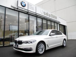 BMW 5シリーズ 530iラグジュアリー 弊社下取ワンオーナー・ヘッドアップディスプレイ・ブラックレザーシート・アクティブクルーズコントロール・純正HDDナビ・地デジ・バックカメラ・ETC・LEDヘッドライト・認定中古車・全国保証