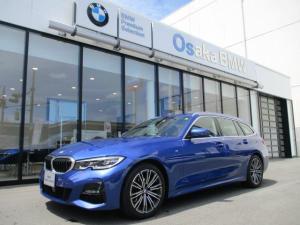 BMW 3シリーズ 320d xDriveツーリングMスポツEDジョイ+ 弊社デモカー コンフォート・パッケージ パーキング・アシスト・プラス アルミ・ルーフレール アルミ・ウィンドウモール HDDナビ ルームミラー内蔵ETC2.0 衝突被害軽減ブレーキ LED
